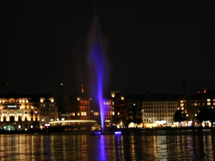 Alsterfontaene_Hamburg_3